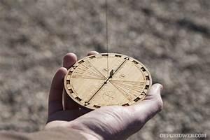 Review  African Sun Compass