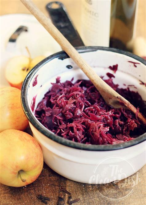 cooked red cabbage german style recipe