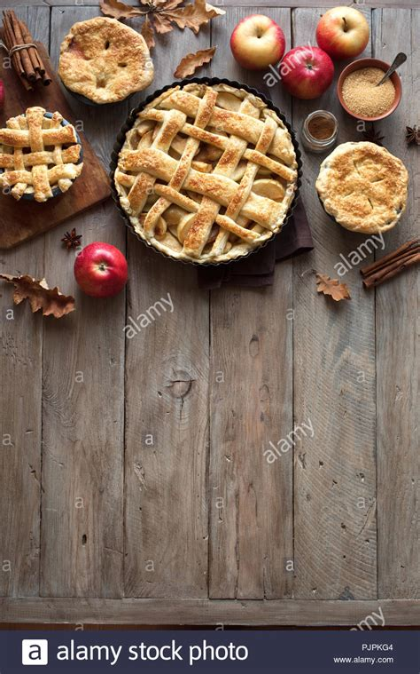 homemade apple pies  rustic background top view copy