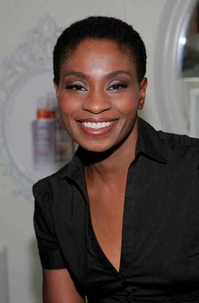 Adina Porter Save Lives Grey Anatomy Fanatic