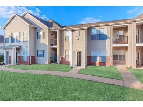 one bedroom apartments starkville ms chandler park apartments starkville ms walk score