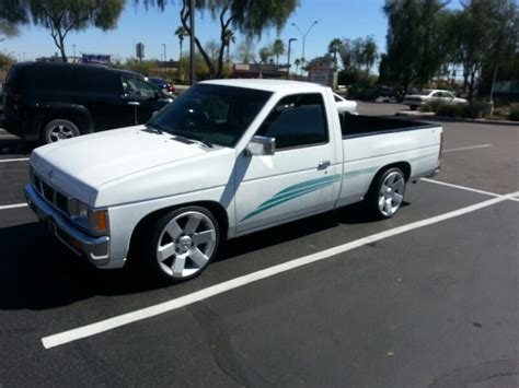 nissan mini car minitruck nissan hardbody d21 nice daily driver but in