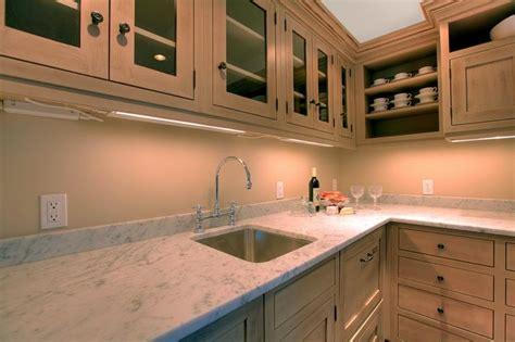 taille plan de travail cuisine plan de travail de cuisine 40 designs guide complet