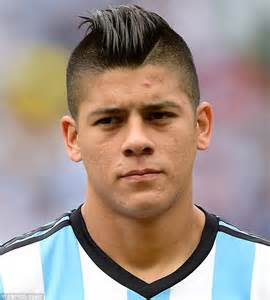 Marcos Rojo on verge of signing for Manchester United ...