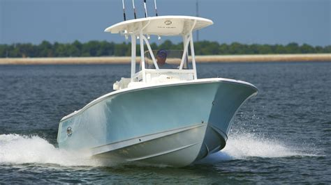 Seahunt Boats by Sea Hunt Boats Ultra 234 Family Center Console