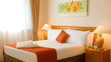 chambre orange conseils déco une chambre à coucher orange bricobistro