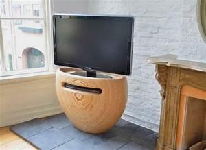 Meuble Tv Original : style et luxe dans votre salon avec un meuble t l moderne ~ Teatrodelosmanantiales.com Idées de Décoration