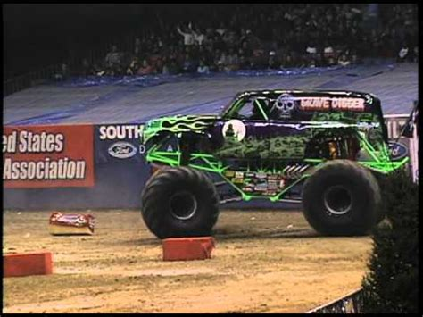 grave digger monster truck 30th anniversary monster jam grave digger monster truck 30th anniversary