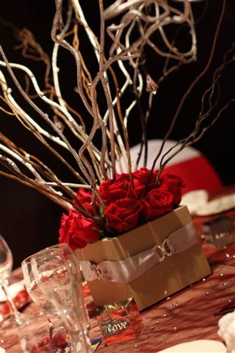 Red And Gold Centerpieces Table Scapes Pinterest