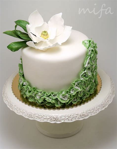 HD wallpapers wedding cake decorations with fresh flowers