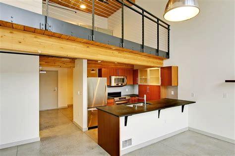 story modern top floor loft  south lake union urbnlivn