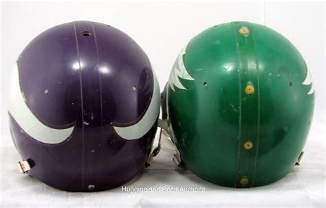 game  football helmets