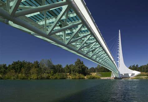 pont des temps moderne le pont cadran solaire de redding calatrava architecte des temps modernes