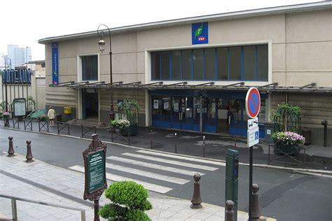 gare de puteaux horaires en gare de puteaux