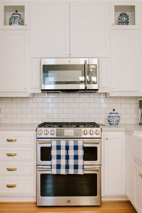 Preppy Kitchen Renovation: How To Make Your Kitchen Preppy