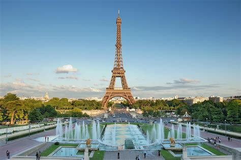Guided Visit Of Paris And Lunch At The Eiffel Tower