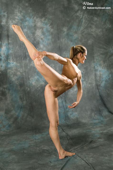Flexible Gymnast Girl Vilma Gallery 1
