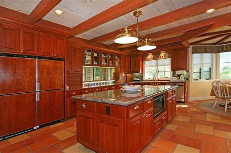 wood flooring in kitchens best 25 cherry wood kitchen cabinets ideas on 1576