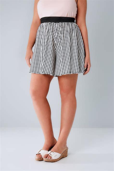 Gingham Shorts black white gingham flippy plus size 16 to 36