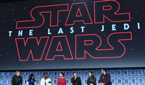 8 Times 'The Last Jedi' Nods to the Classic 'Star Wars ...