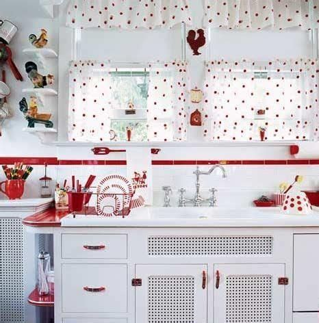 ideas  red kitchen curtains  pinterest gingham curtains red country kitchens