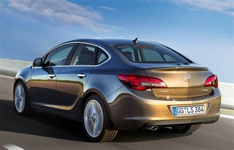 opel astra 2014 2014 opel astra review prices specs