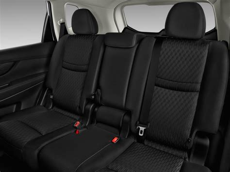 image  nissan rogue fwd  rear seats size