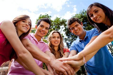 El rol importante de los jóvenes en la sociedad by