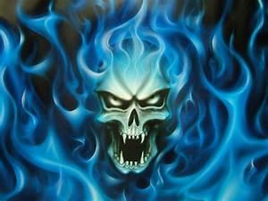 Tete de mort - Logo - Volcane33 - Photos - Club Doctissimo