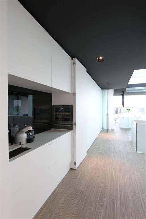Karl Kitchen Met Office by Best 25 Minimalist Interior Ideas On Kitchen