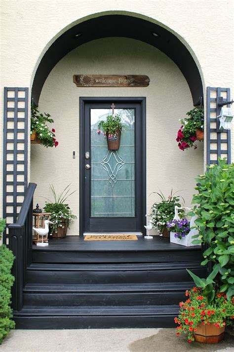 Summer Front Porch Decorating Ideas  Clean And Scentsible. Patio World Fyshwick Act. Diy Clear Vinyl Patio Enclosures. Diy Patio Update. Patio Designs St Louis. Diy Patio Mosquito Netting. Patio Furniture Quebec. Quarry Stone Patio. Diy Patio Furniture Cushions