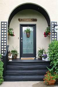 wonderful door dressup idea with trendy summer front porch