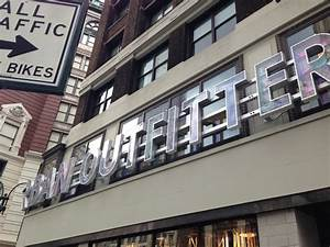 Shop Urban Outfitters Graduates from Urban to Urbane at Herald Square | fashion whirled