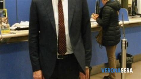 Uffici Postali Verona Orari Ufficio Postale A Verona Rapina Nella Filiale Poste