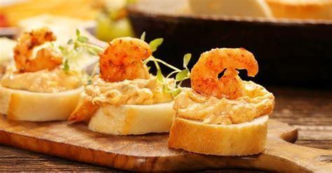canapes aperitif facile 15 recettes de toasts de noël ludiques cuisine az