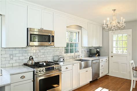kitchen cabinet cornice cabinet valance traditional kitchen haute indoor couture 2436