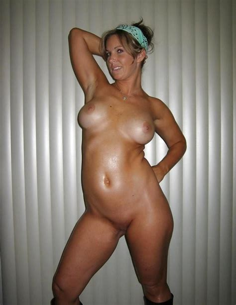 40 Years Old Milf 5 Pics Xhamster