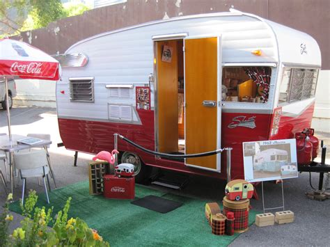 Craigslist Kootenays Boats by High Demand For Vintage Travel Trailers Sparks The