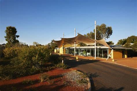hotel chambre fumeur desert gardens hotel ayers rock resort 3 3 2 255
