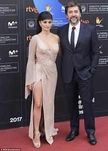 Penelope Cruz, 43, cosies up to husband Javier Bardem ...