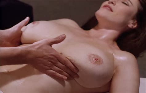 Nackte Mimi Rogers In Full Body Massage