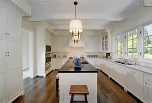 White Kitchen - Traditional - kitchen - Pricey Pads