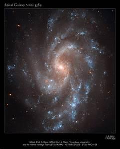 HubbleSite - Picture Album: Hubble's View of NGC 5584