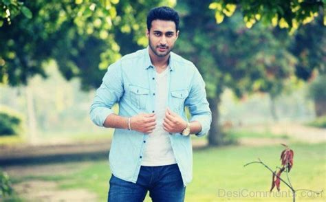 Maninder Kailey Pictures, Images