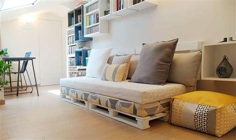 realizzare  divano fai da te   pallet casafacile