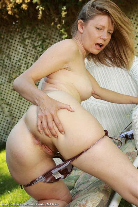 lexa mayfair make her pink cherry damp big tit avenue