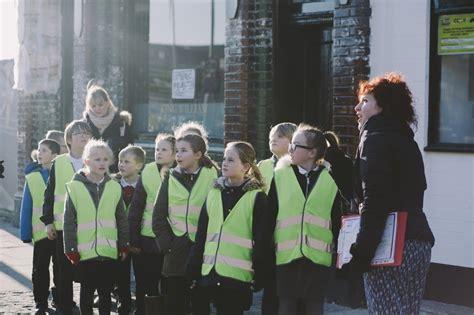Hull Fair year  ambassadors  hull kc learning zone visit 1100 x 733 · jpeg