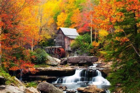 Fall Foliage Peak Periods in the Southeast