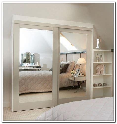 mirrored closet doors ideas  pinterest closet