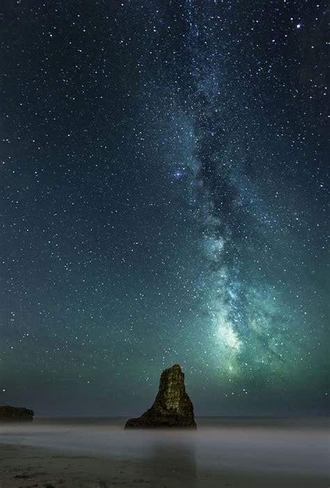 rare photographs capture shooting star phenomenon
